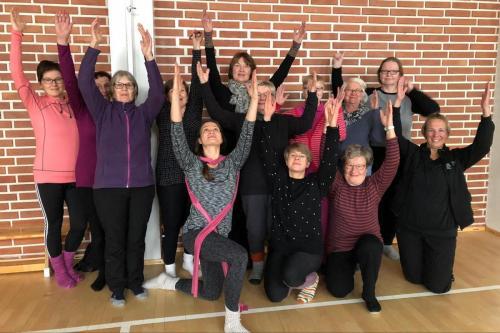 Joogalauantai 26.10.2019. ohjasi pilates- ja joogaohjaaja Minna Ruotsalainen.